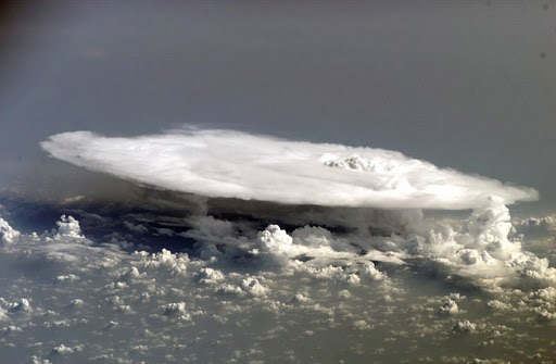Thunderstorm-from-the-space-station