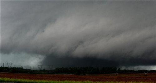 Tornado-limestone-county-alabamajpg-e3e01a276fb6b647
