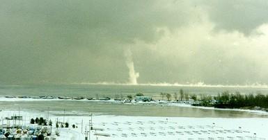Snowspout Lake Ontario near Whitby Ontario Jan 26 1994