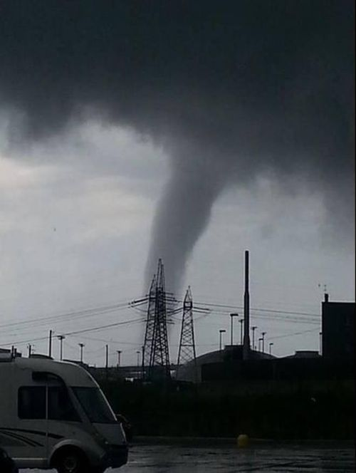 Tornado northwest of rome