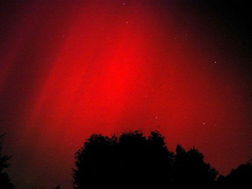 533440main_halloweenstorm2003-aurora